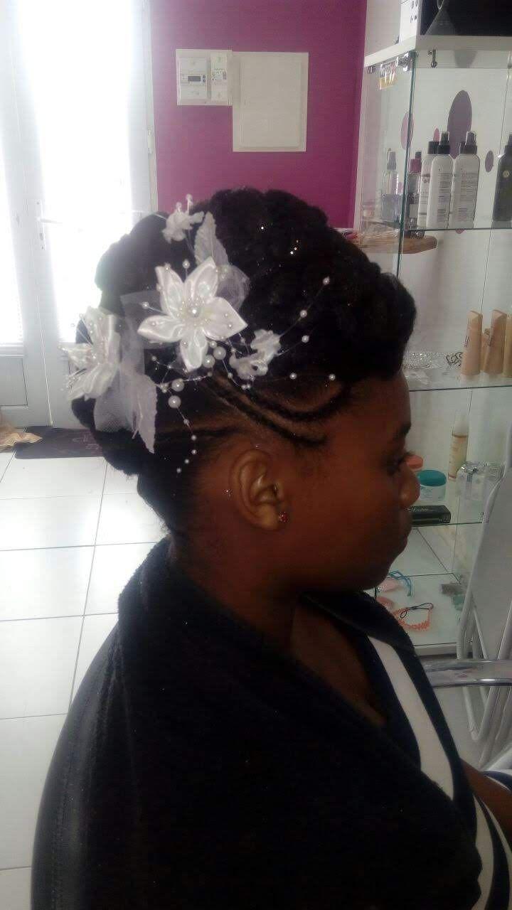Fabie Dom Hair - Chignon habillé fleurs blanches