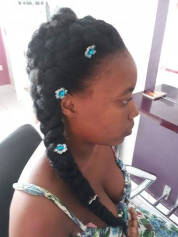 Fabie Dom Hair - Coiffure femme tresses et natte sur le côté