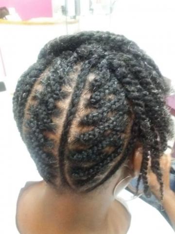 Fabie Dom Hair - Coiffure femme tresses et vanilles