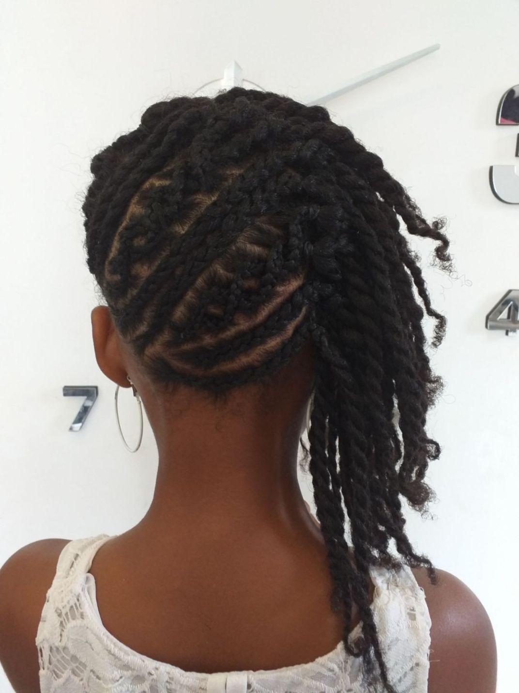 Fabie Dom Hair - Coiffure fille tresses et vanilles qui tombent sur le côté