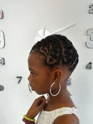 Fabie Dom Hair - Coiffure fille tresses sur le côté