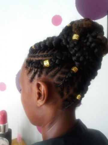 Fabie Dom Hair - Coiffure femme chignon haut tresses avec rajouts
